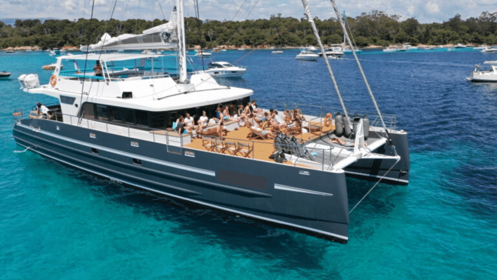 Catamaran Azur Image